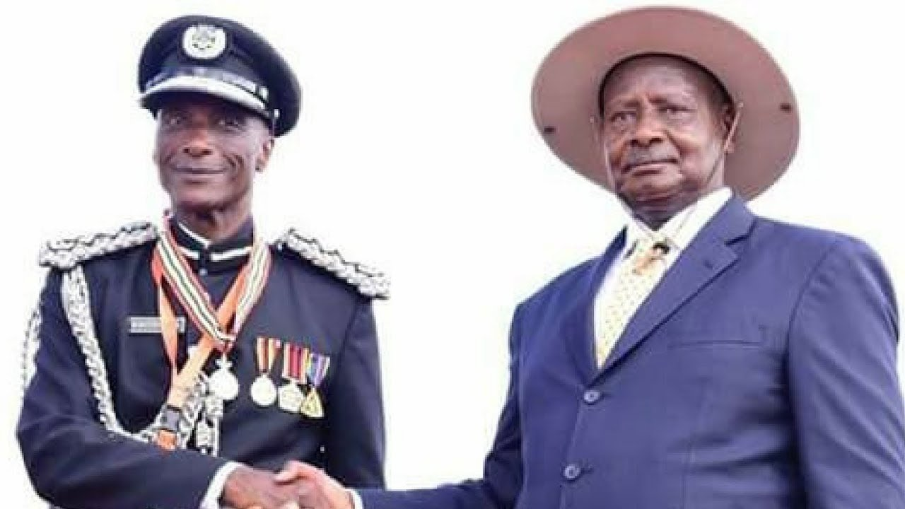 """Kale Kayihura Refuses To Answer Any Questions: Says """"I Want To Meet Museveni"""""""
